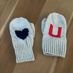 Baby gap mittens